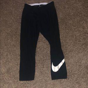 👏🏼 Nike Capri Legging Rose gold swoosh